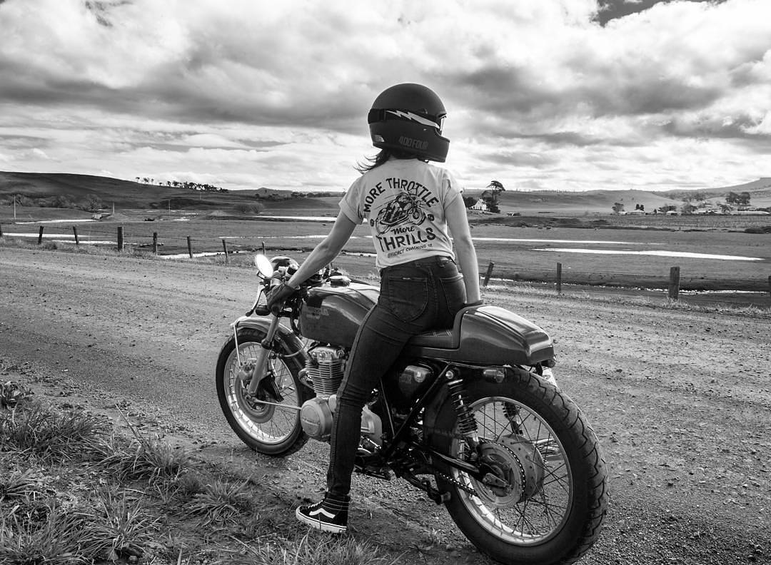 By @katieabdilla - Weekend, you were rad AF. Lens: 📷 @wade777 #cb400f #hondacaferacers