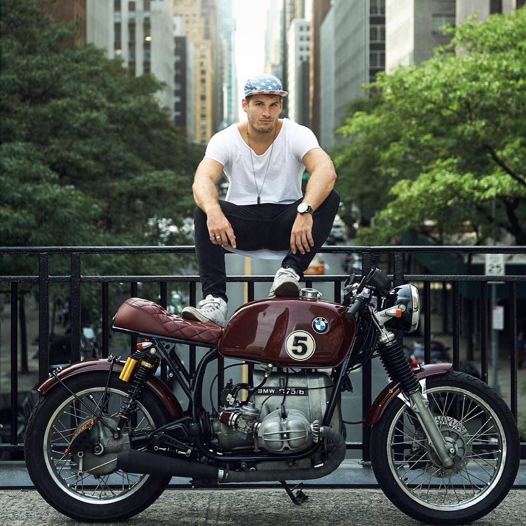 By  @conradlouis I'm not actually sitting here. I'm performing a Saigon squat atop the moto, amiright?!) I see you, @keanu__reeves, takin' my spot in the @squarespace Super Bowl ad . . 📸 X @nyc_photographer_am