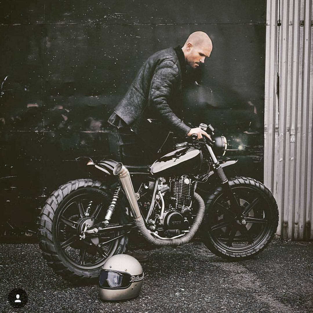By @baffleculture YAHAMA SR 500 🏁 Nothing better than seeing someone's passion and time on a custom build. Love your work Kristian! 📸 @kristianbech @relicmotorcycles