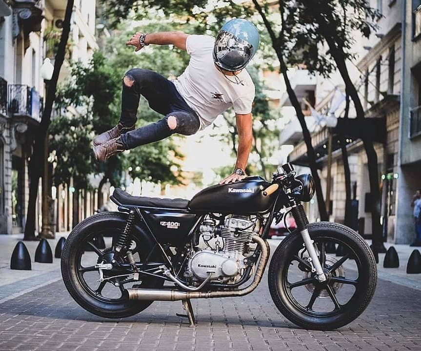 @decastrokevin and his Kawasaki KZ400 📷: @tomen.s