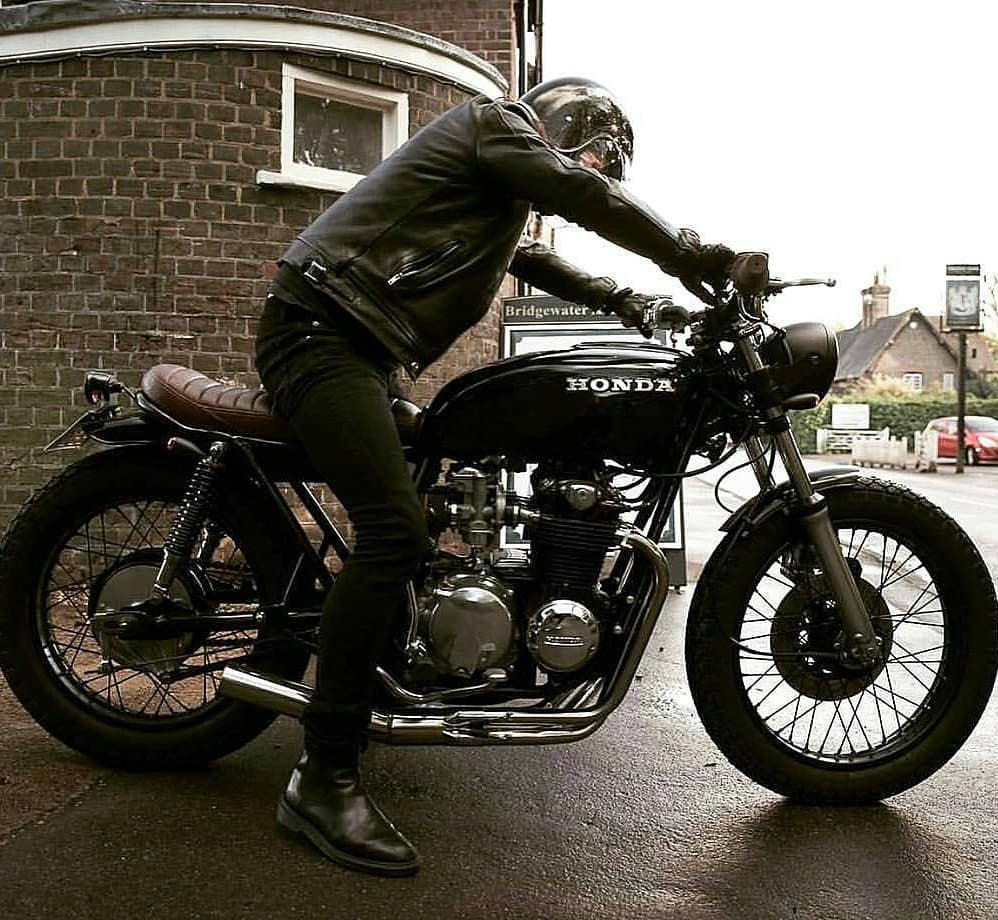 Honda CB550 by @blackhertscustomcycles